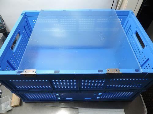 Schutzbox - Plexiglas als Boxtür